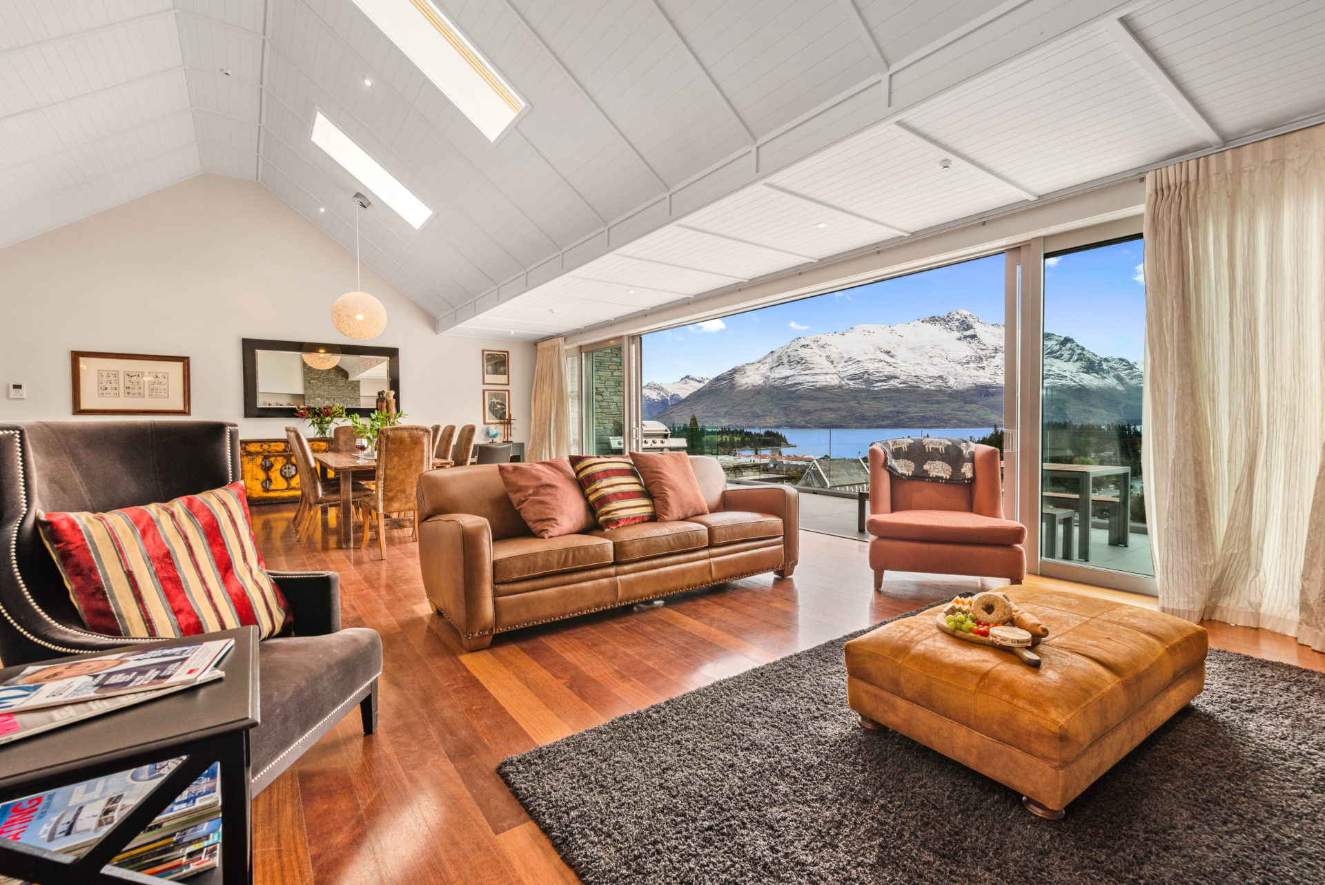 Central Queenstown Catalina's Penthouse